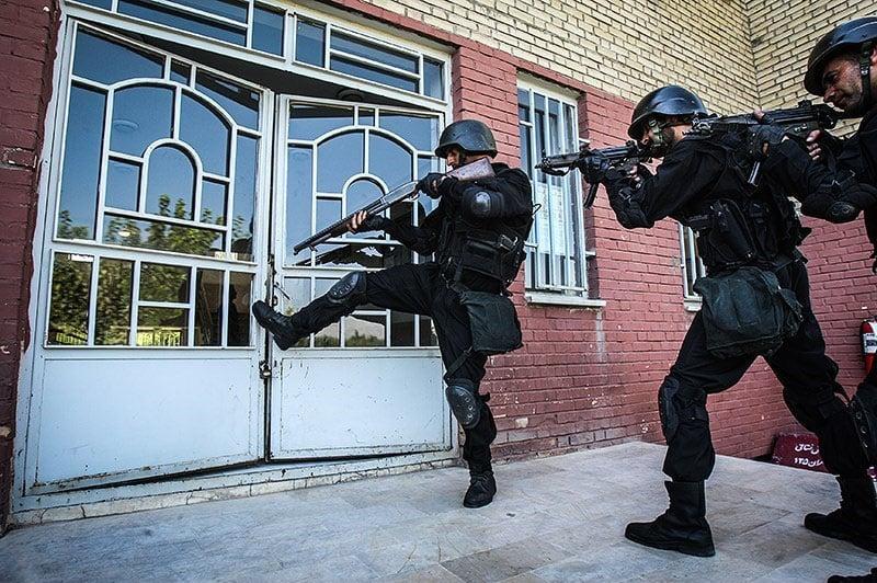 Iranian_green_beret_commandos_4.jpg